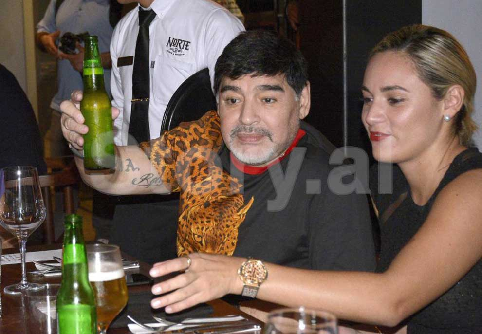 Maradona-11